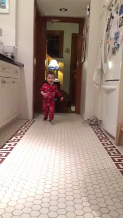 Anderson yelling MOMMMMMAAAA