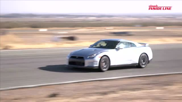 Vette Vs. GT-R