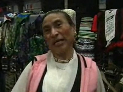 Tibetan&amp;IndianWomen2