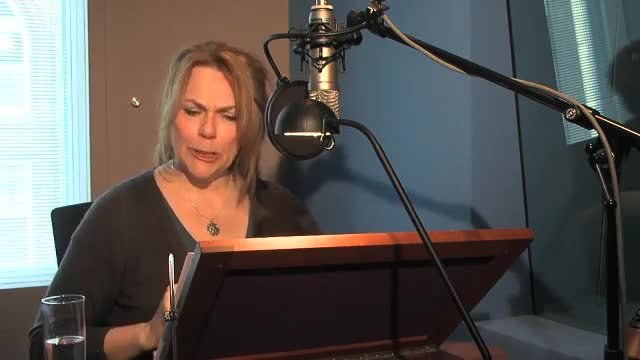 Lorelei King as The-Voice-of-Stephanie-Plum[www.savevid.com]