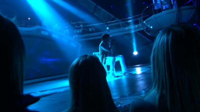 07 Mad World (American Idol Performance)