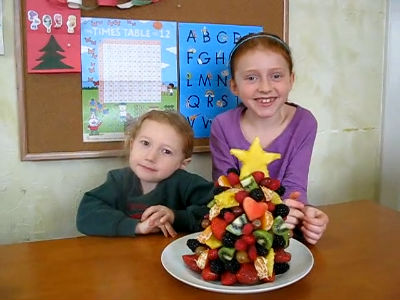 Making a Fruit Christmas Tree