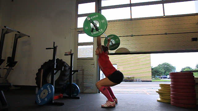 OverheadSquats_FAIL_drop_before_full_extension_web_640x360
