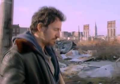 Bruce Springsteen: Streets Of Philadelphia