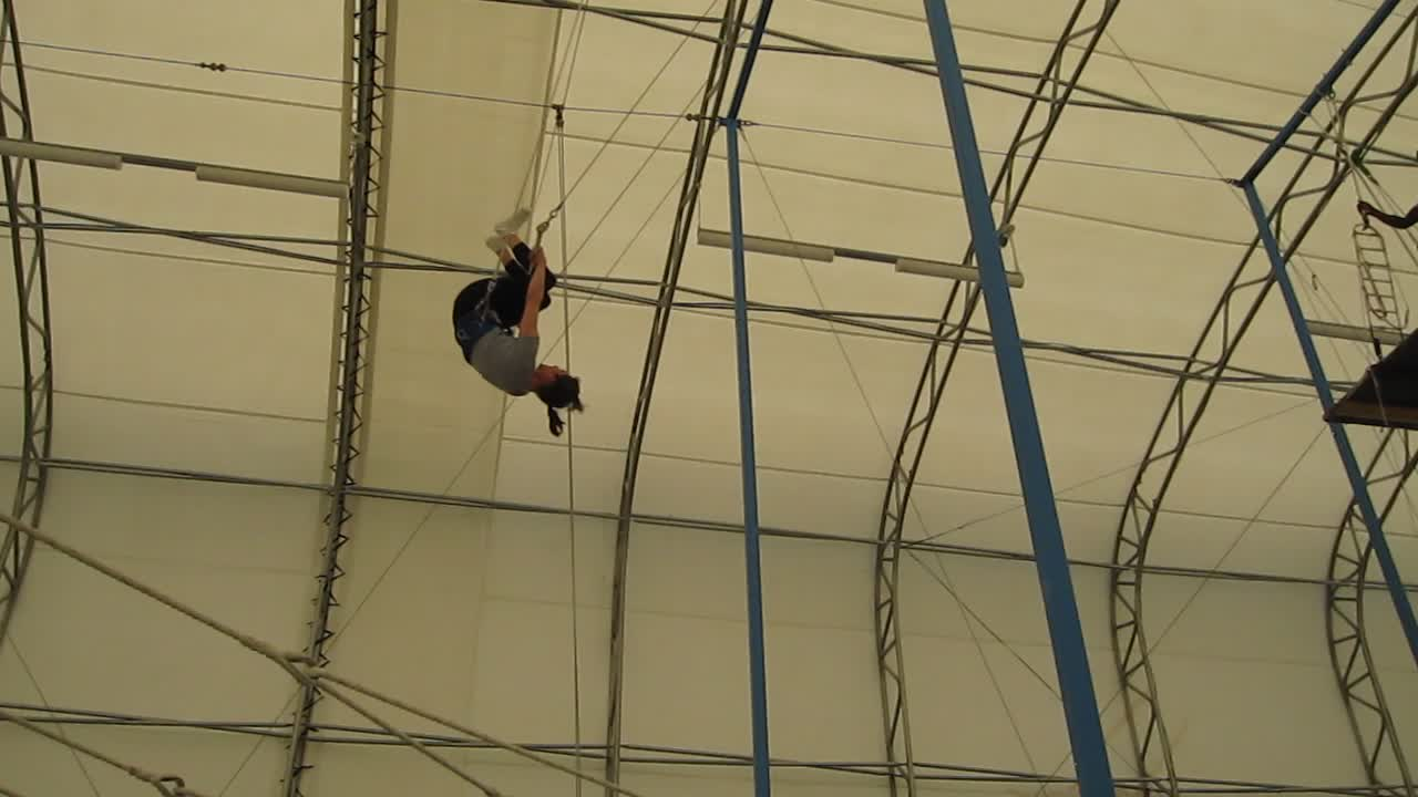 Trapeze Video 1