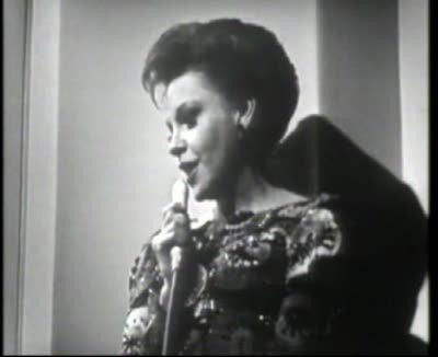 Judy Garland sings Jolson songs
