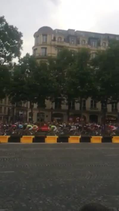 far riders (TDF)