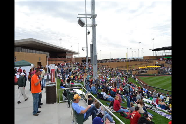 RPR Opens Salt River Fields
