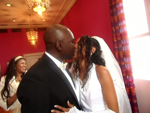 www.africanpress.me . Kenya's Mr and Mrs Owino Ranginya stadfesting – YES forever to one another. Norway 22nd.oct 2011