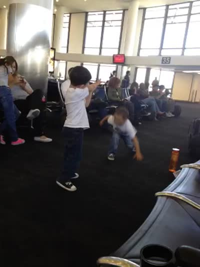Karate-Off in LAX