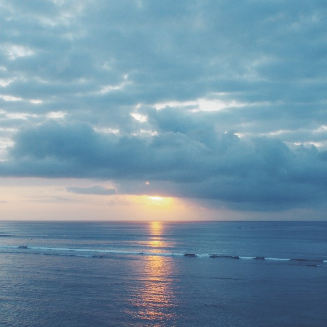 Gypset Guide: Living, working and traveling in Bali. Bingin Beach sunset.