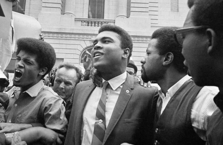 Ali Takes On Army 1967