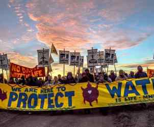 22_oct_2016_water_protectors_march_down_the_desacrated_sacred_ground_to_stop_the_dakota_access_pipeline1
