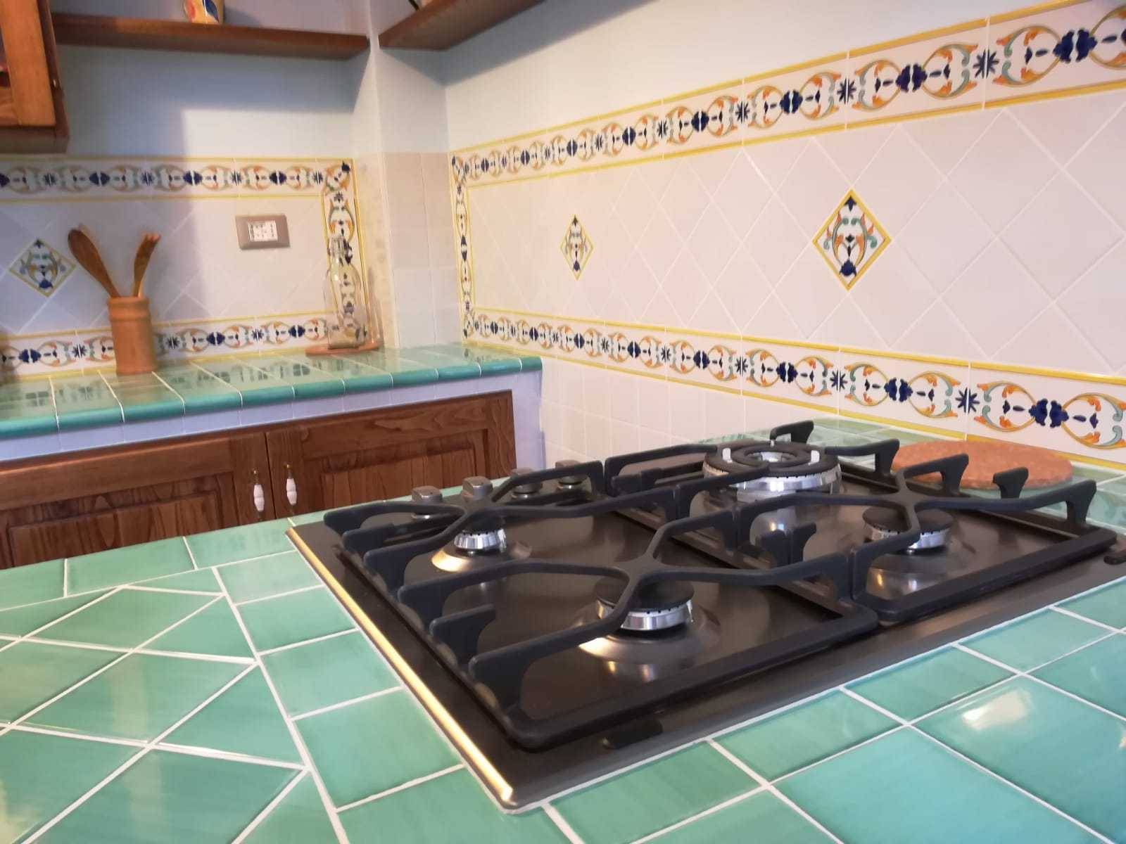 Cucina in muratura ceramiche vietri ceramiche di vietri cucina