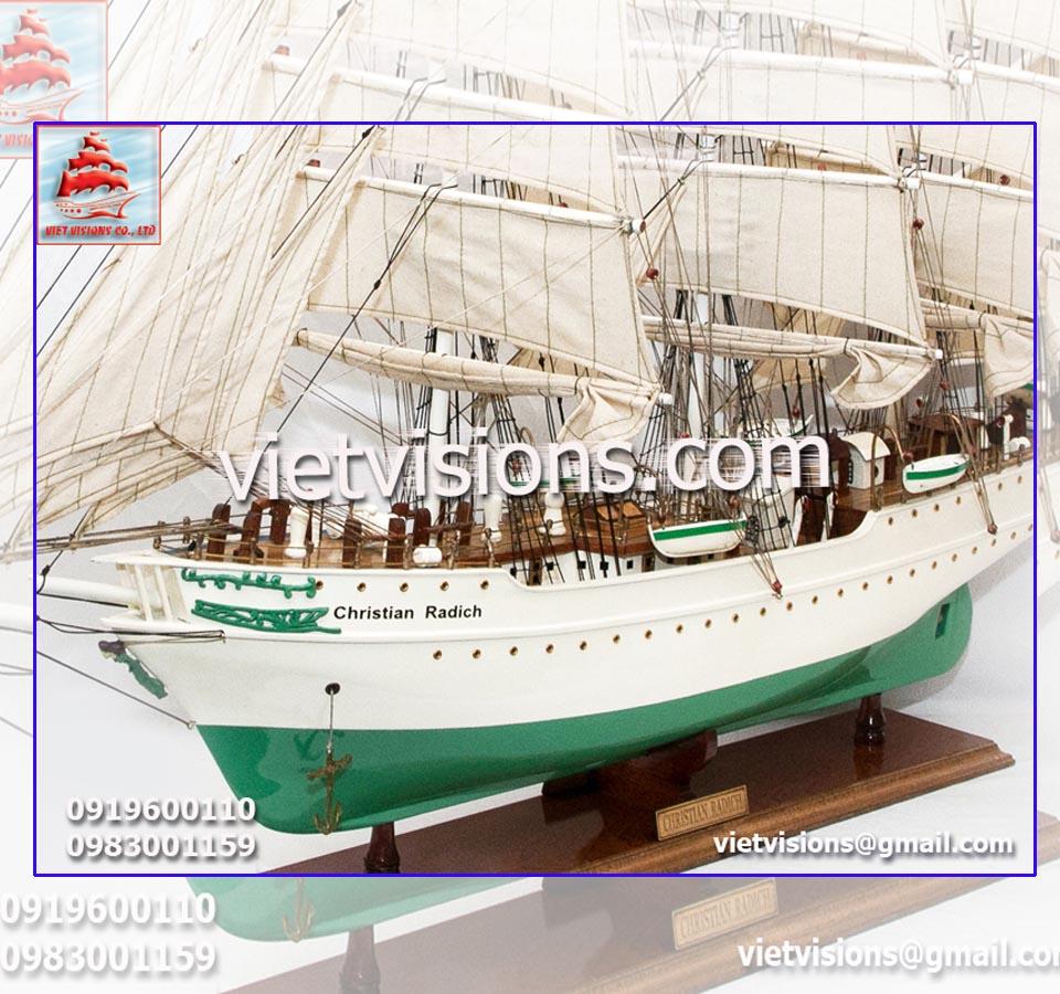 vietvisions-thuyen-buom-go-mo-hinh-Christian-Radich-9600x900