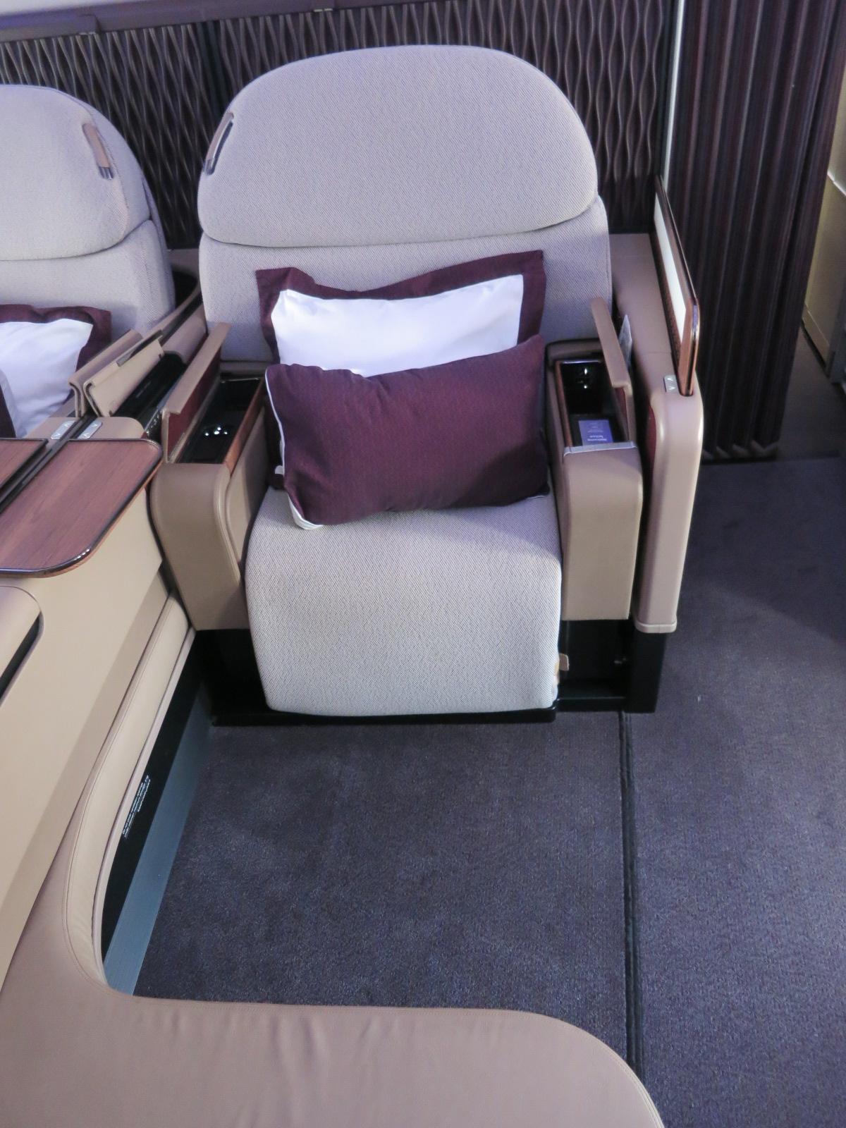 Qatar Airways A380 first class seat Bangkok-Doha