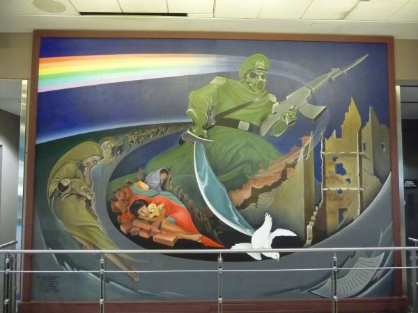 Mensagens e símbolos sinistros no Aeroporto