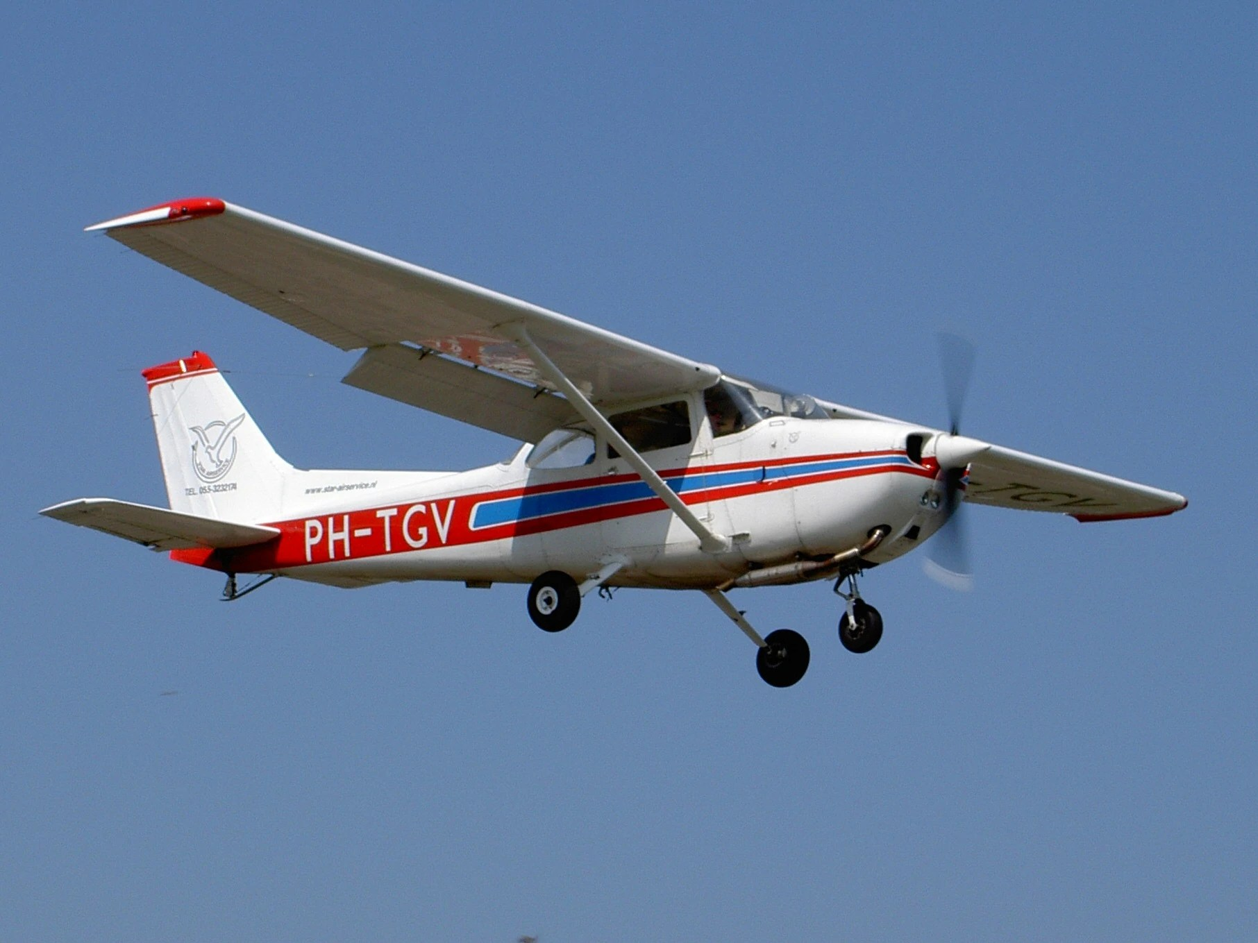 Cessna Plane Cessna 172 Aircraft Wiki Fandom Powered By Wikia