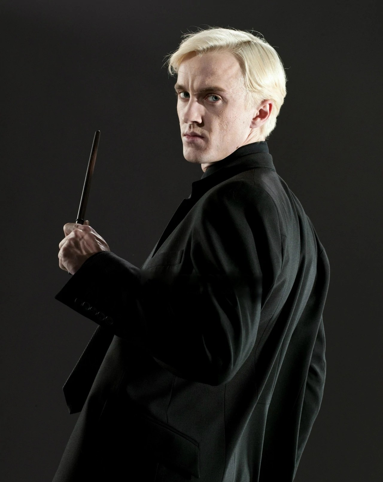 Harry Potter And The Deathly Hallows Wallpaper Hd Draco Malfoy Prince S World Harry Potter Fanon Wiki