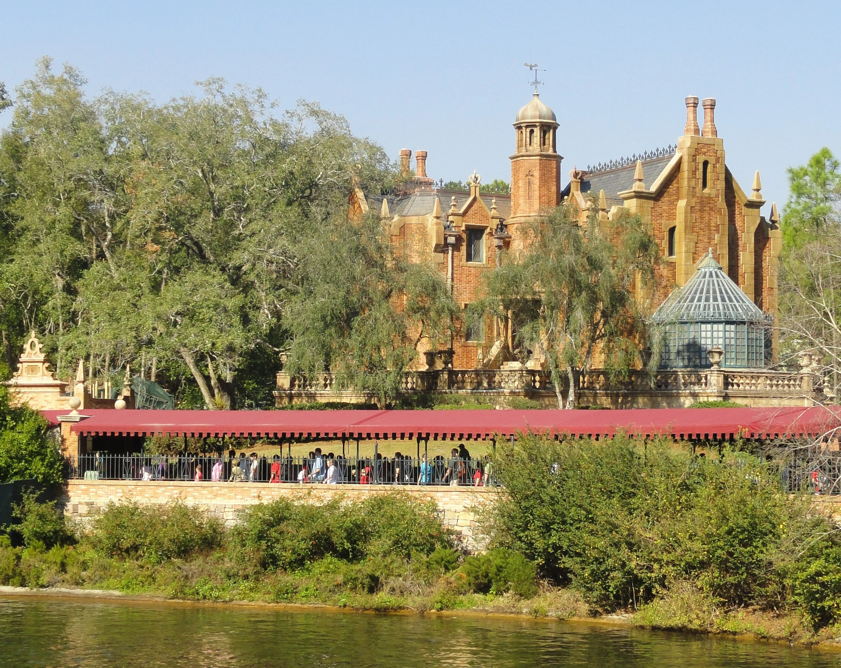 Chip And Dale Wallpaper Hd The Haunted Mansion Magic Kingdom And Tokyo Disneyland