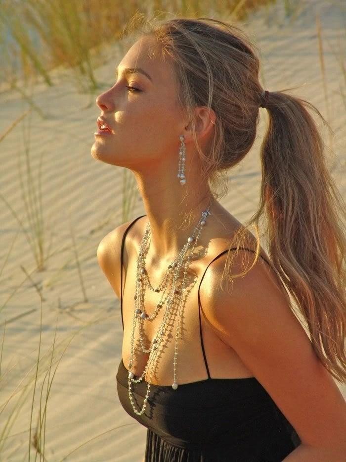 Very Very Cute Girl Wallpaper Image Bar Refaeli Beach Beautiful Blonde Girl Favim Com