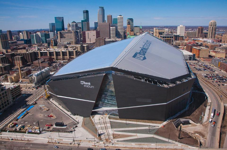 Vikings stadium opener set for Sunday, Aug. 28 vs. Chargers
