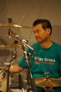 drums : makoto