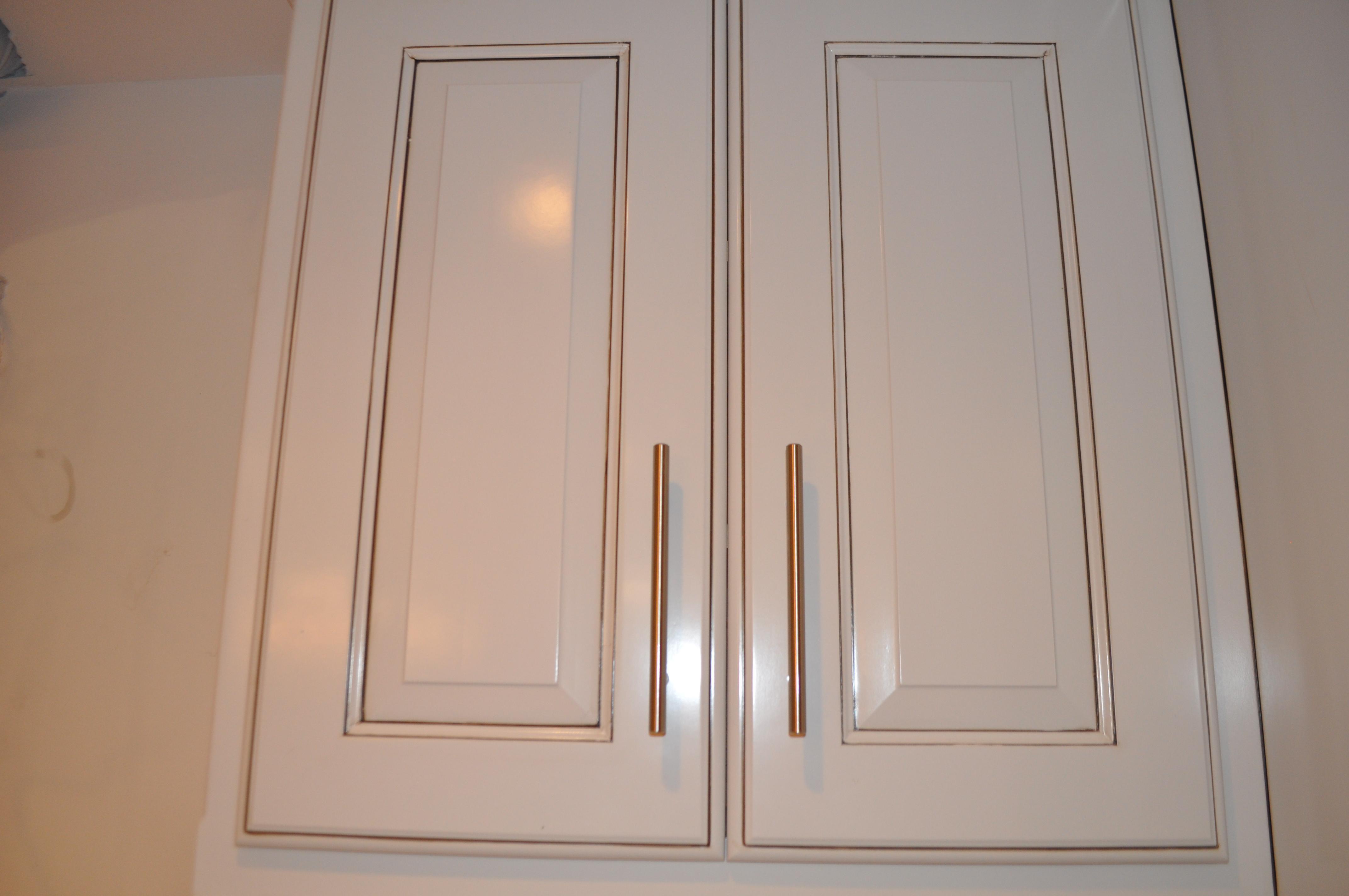 kitchen cabinets door knobs kitchen cabinets handles Amazing Kitchen CabiDoor Handles