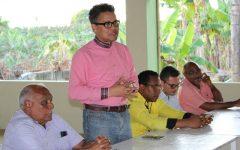 Carlos Peña propone Vicini pague deuda millonaria al Estado con terrenos Punta Catalina