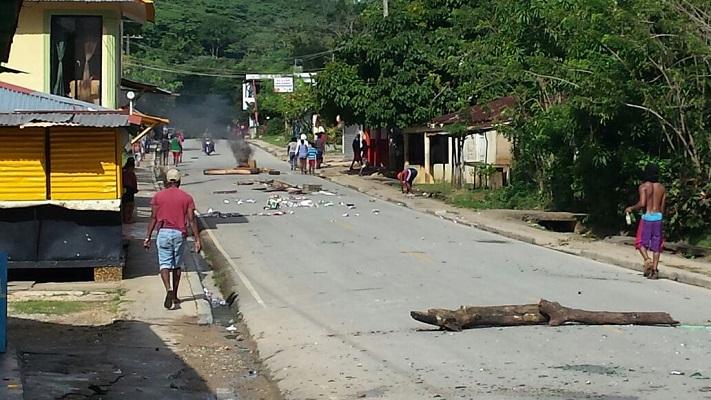 Falpo respalda protesta en Limón de Samaná por mejora de servicio eléctrico