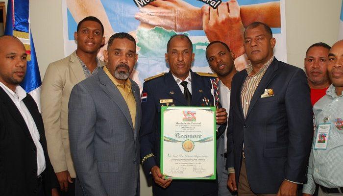 RECONOCEN LABOR COMUNITARIA DEL GENERAL DE BRIGADA OCTAVIO ARIZA NUÑEZ.