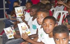 Prosoli celebra Día Nacional del Estudiante con encuentro cultural en La Nueva Barquita