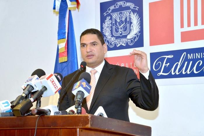 MINISTERIO DE EDUCACIÓN RATIFICA VOLUNTAD DE DIÁLOGO CON ADP