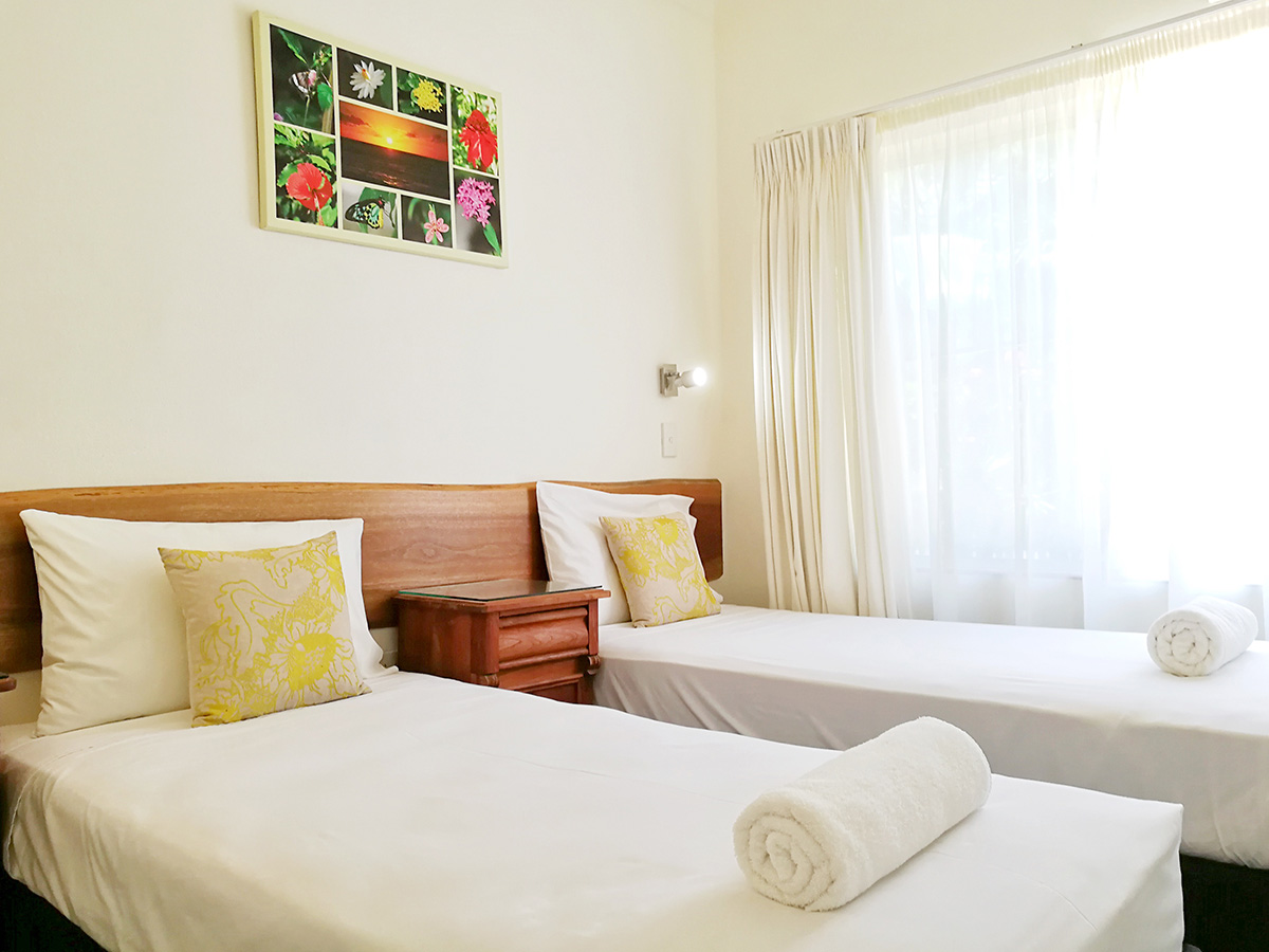 Beds Cairns Cairns Holiday Accommodation At The Northern Beaches