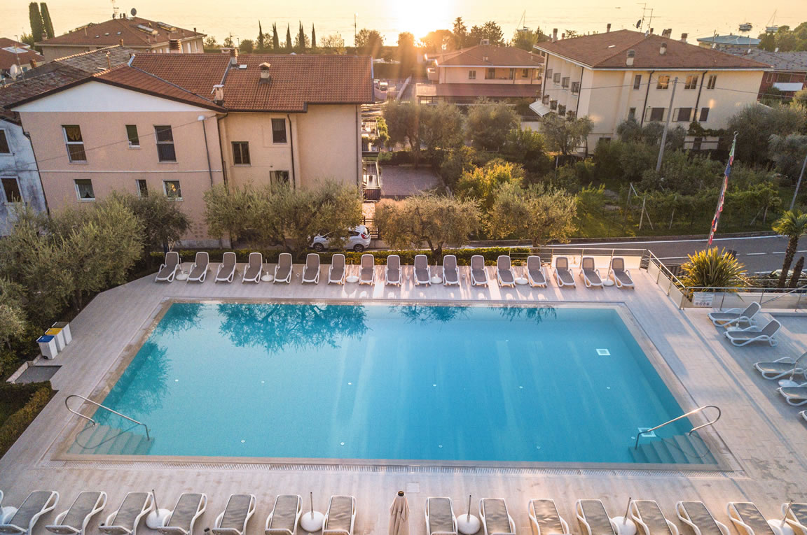 Ferienhaus Mit Pool Trentino Hotel Bardolino With Swimming Pool Hotel With Covered Parking On