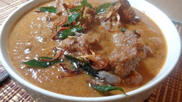 Varutharacha Mutton Curry