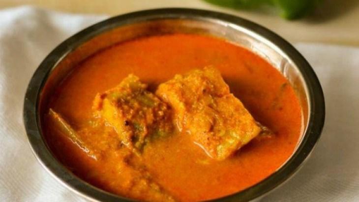 Meen Manga Curry (Fish Curry with Mango), kerala recipe, meenum magayum recipe, fish curry with thick gravy, kerala recipe, nadan recipe