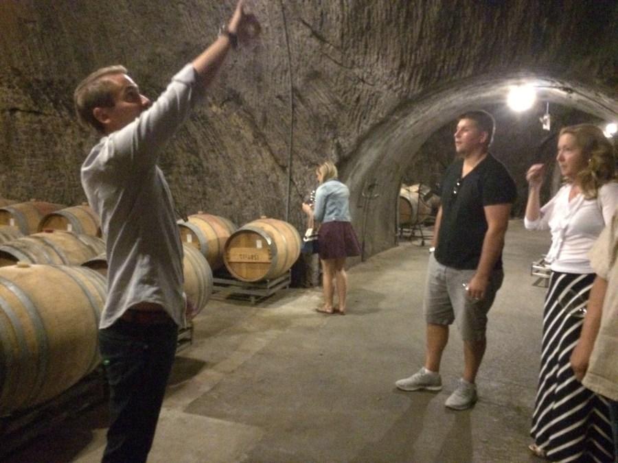 photos of Repris barrel cave