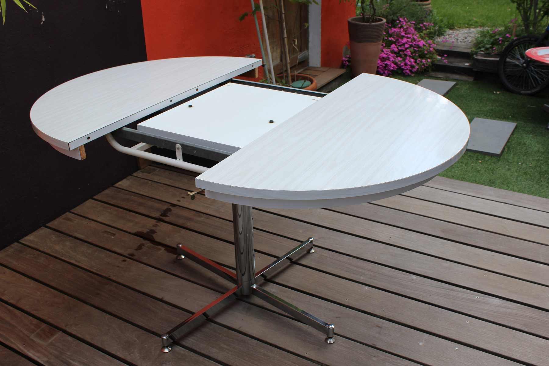 Table Exterieur Avec Rallonge Table Formica En Version Ronde Ou Ovale - Vintage By Fabichka
