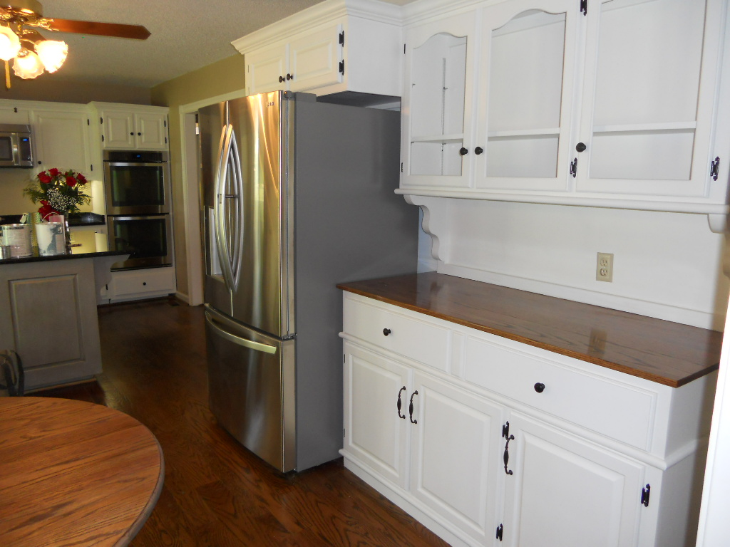 Painting Kitchen Cabinets Estimate Painted Kitchen Cabinets With Contrasting Island After 05