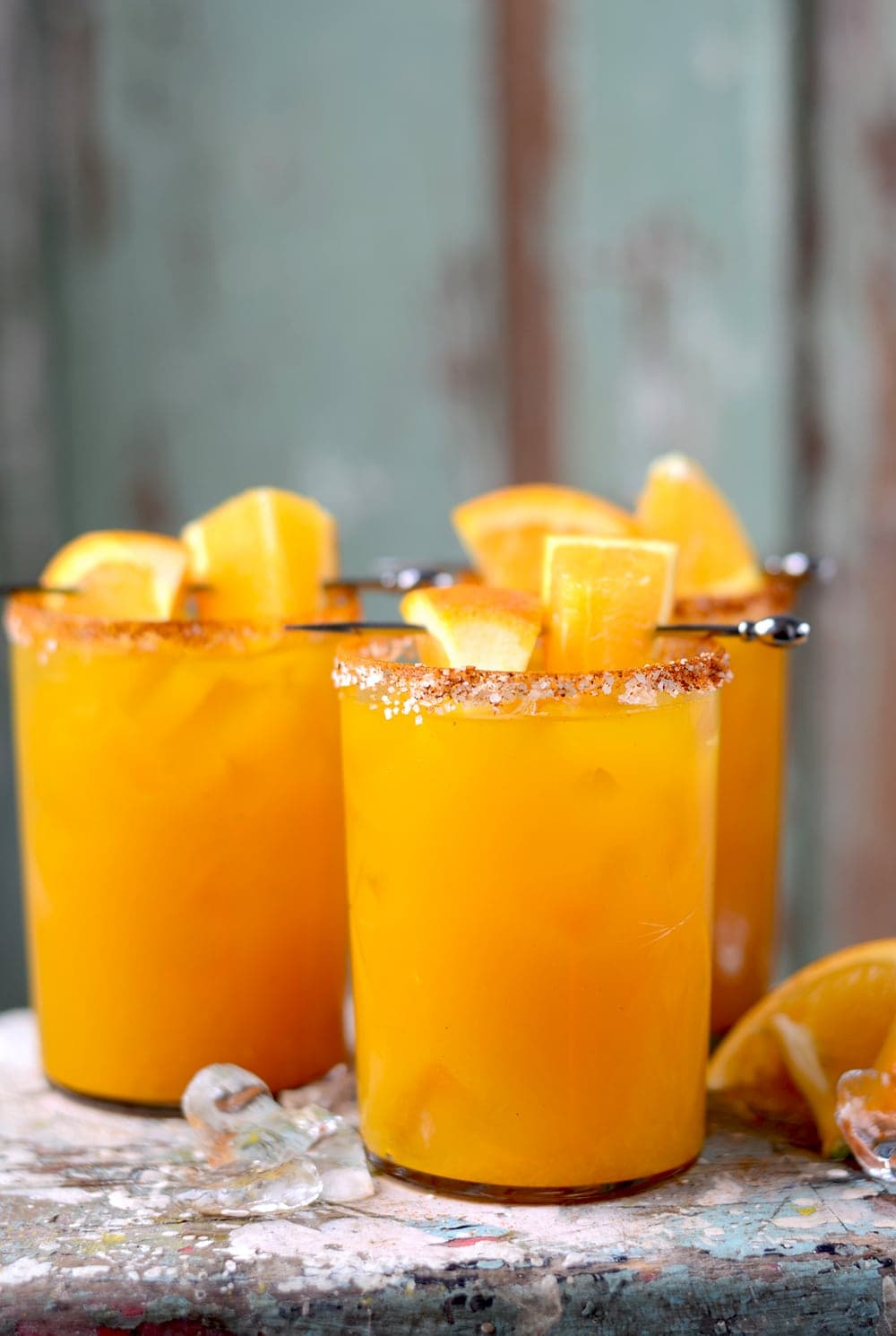 Orange turmeric margaritas vintage kitty for Cocktail orange