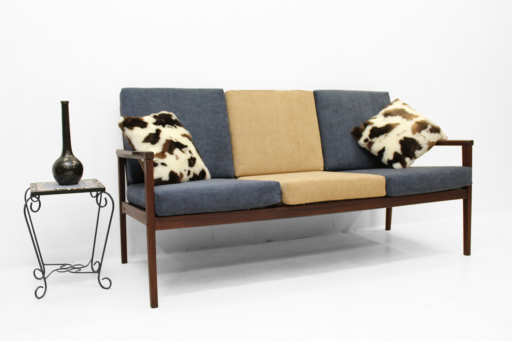 Fauteuil Sixties Too Late Sold 3 Zit Fauteuil Sixties In 2 Kleuren