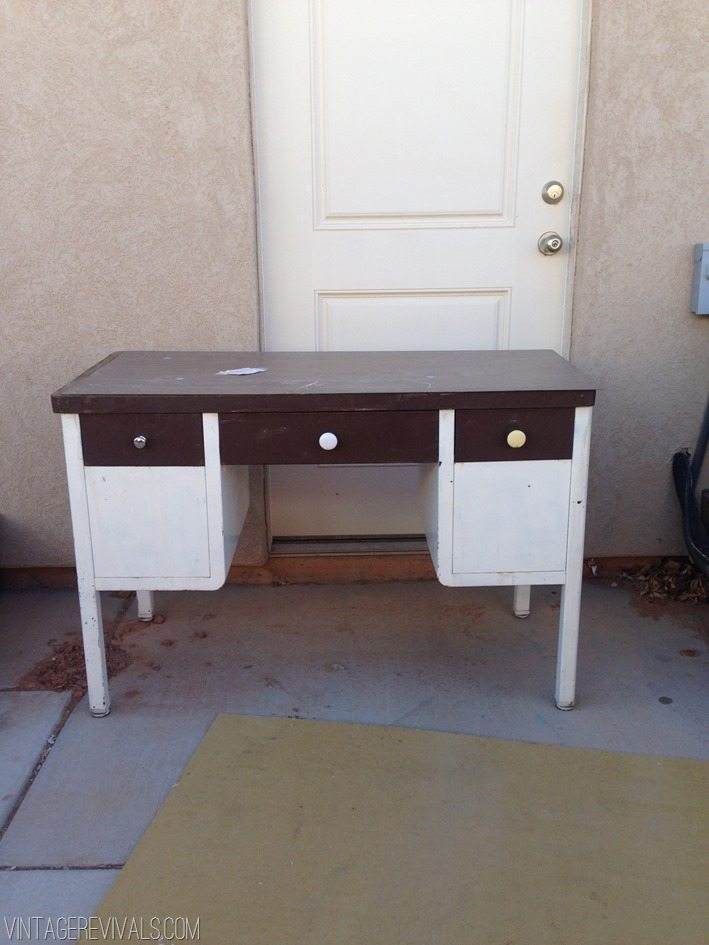 How To Spray Paint A Metal Desk - Vintage Revivals