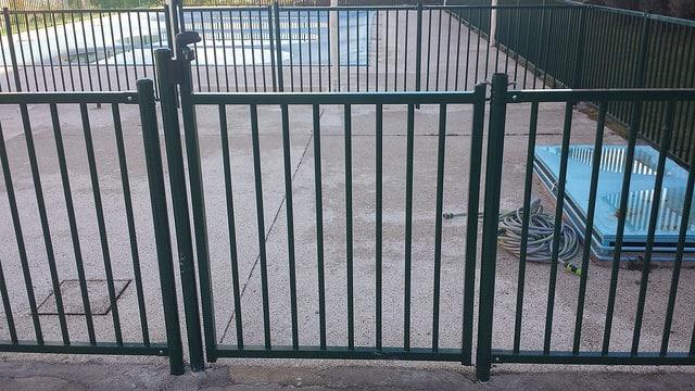 Modelos de valla verja de seguridad piscinas - Valla de seguridad ...