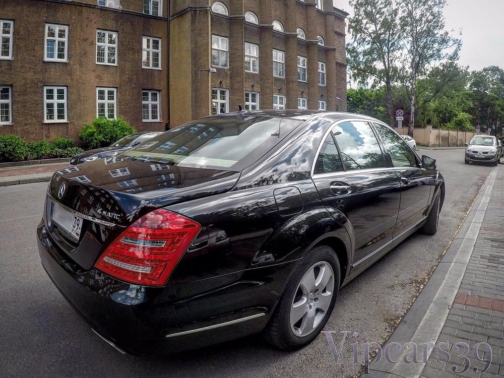 Mercedes Benz w221 2