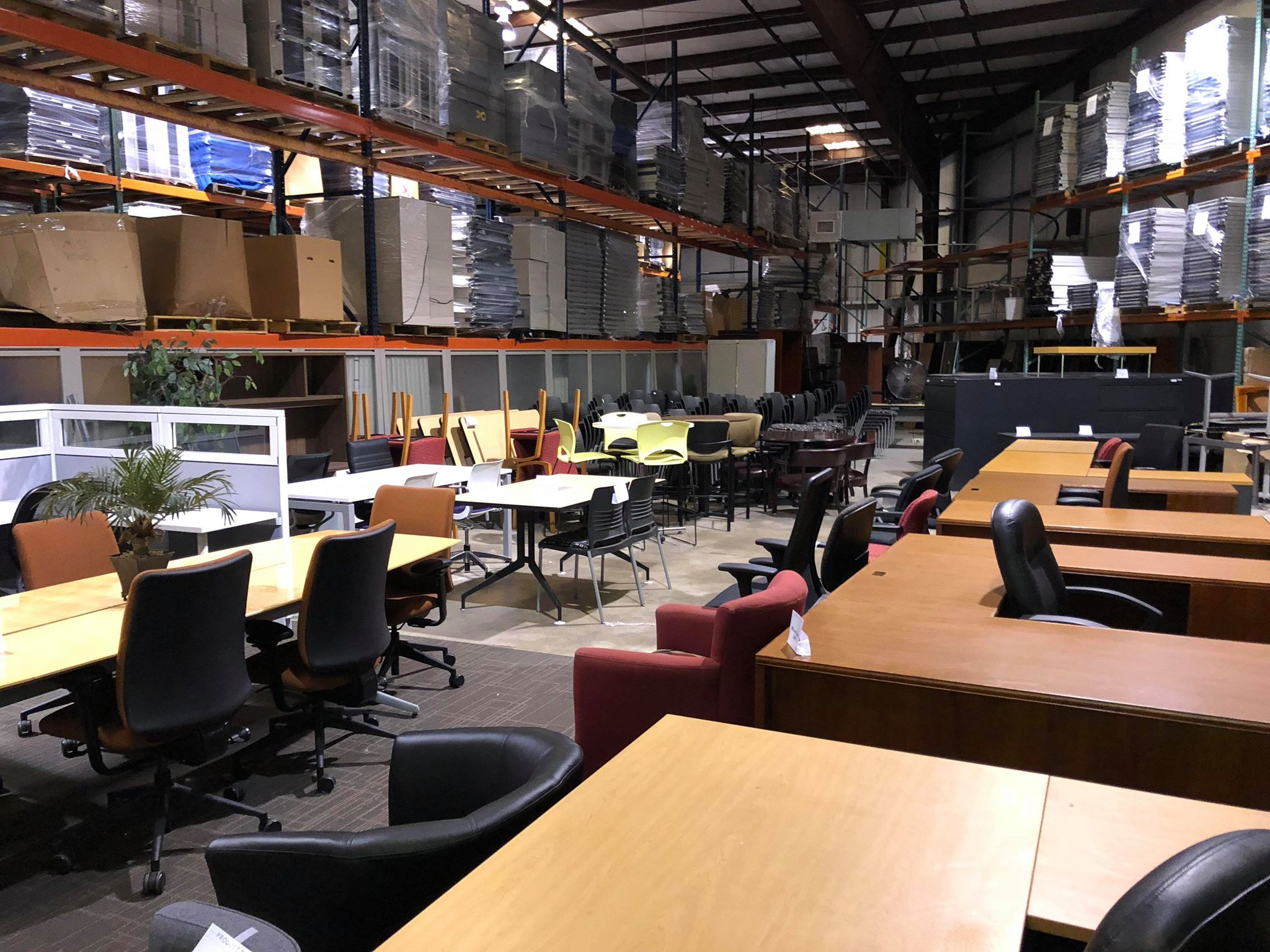 Rooms To Go Office Furniture Warehouse Liqudation Sale Everything Must Go Vision Office