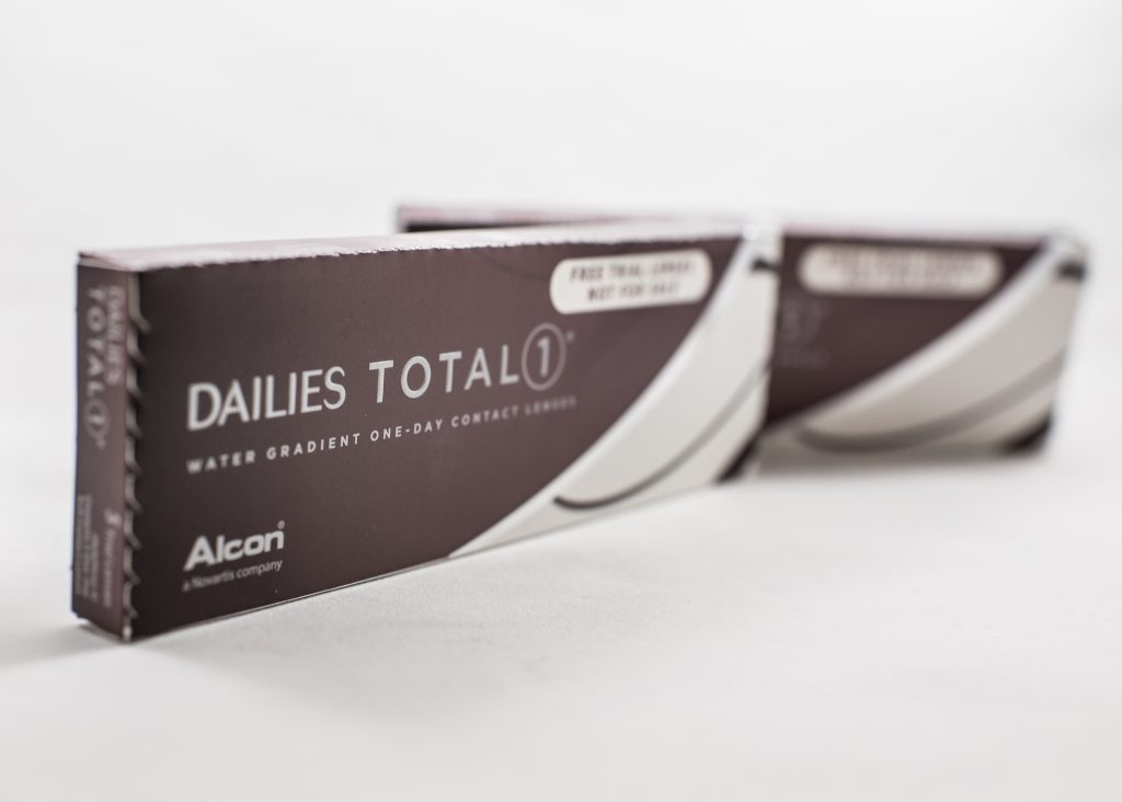 The Best Daily Contact Lenses