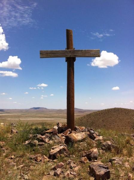 Easter Wallpaper Hd The Wooden Cross Overlooking Alpine Alpine Texas