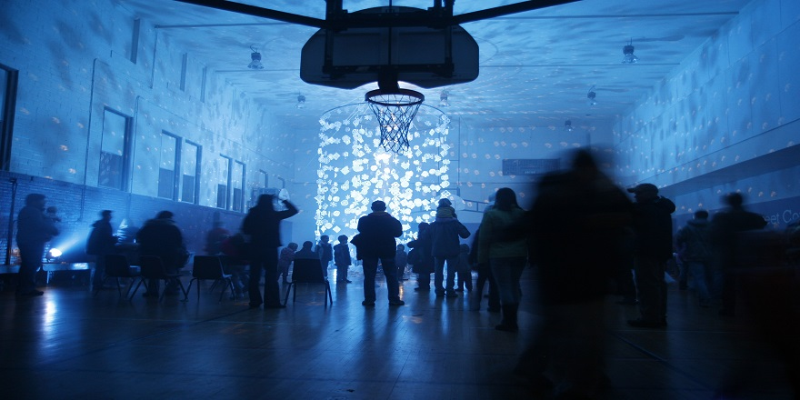 fi-gorgeous-shot-of-the-snowflake-chandelier-mn-2011