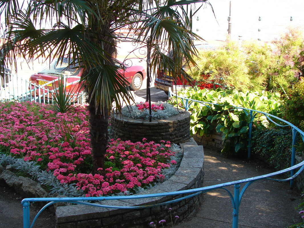 Bed And Breakfast Penarth Accommodation In Penarth Visit Penarth The Garden By The Sea